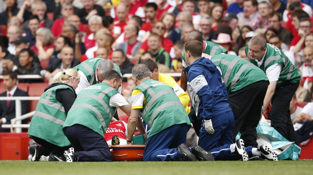 Bad news for Wenger as Arsenal star will now miss four months after new injury blow