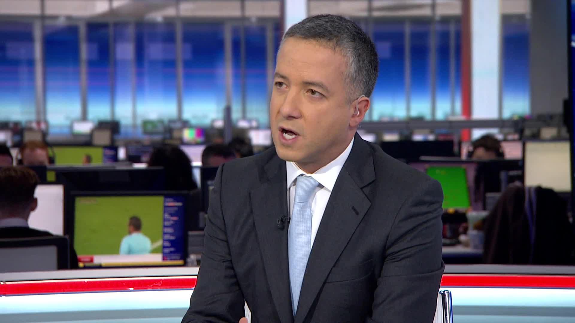 Sky Sports journalist: Club 'in talks' with Arsenal over transfer of €100,000-a-week star
