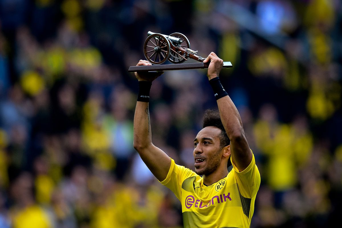 Aubameyang has dropped new hint over Arsenal transfer