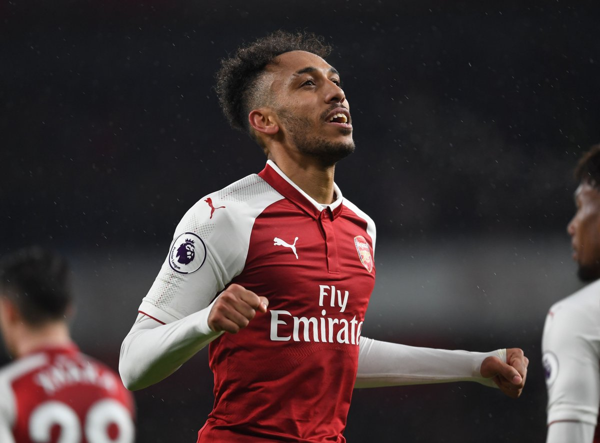 Aubameyang retweets post that will have Arsenal fans thinking